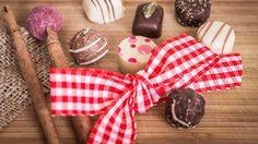 มาทำโฮมเมดช็อกโกแลต DIY เป็น ของขวัญวาเลนไทน์ แสนง่ายสุดคิวท์ให้คนพิเศษ