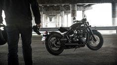 """Triumph Motorcycles เจาะลึก 5  มุมสุด """"แบล็ค"""" ที่ทำให้ """"บอนเนวิลล์ บอบเบอร์ แบล็ค""""เข้มกว่าที่เคย"""
