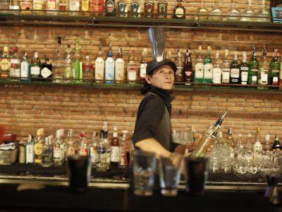 Cocktail บาร์ที่มีคอกเทลรสเลิศกับบรรยากาศไม่เหมือนใคร