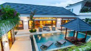 เจ๋งสุด!! ไอเดีย สร้างสระว่ายน้ำ ในบ้านไว้คลายร้อน