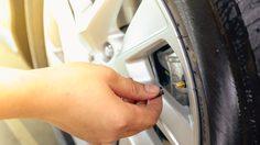 ลมยาง อ่อนเกินไป แข็งเกินไป ส่งผลอย่างไรต่อรถคุณ
