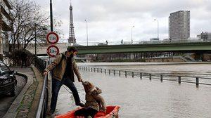 ปารีสฝนถล่มหนัก ระดับน้ำท่วมขึ้นสูง สั่งปิดแหล่งท่องเที่ยว