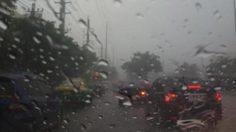 อุตุฯ ชี้ทั่วไทยมีฝนตกหนักบางพื้นที่ กทม.ฟ้าคะนองร้อยละ 60