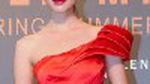 แฟชั่นโชว์ แต่งตัวสวยสีสด กับ คาเรน มิลเลน คอลเลคชั่นสปริง – ซัมเมอร์ 2012