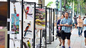ตลาดนัดศิลปะ เสพงานอาร์ตแบบไทยๆ ที่ราชดำเนิน