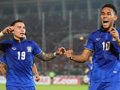 ผลบอล: มุ้ยเบิ้ลสอง! พา ทีมชาติไทย เอาชนะเมียนมาร์ 2-0 ศึกซูซูกิ คัพ รอบรองฯ นัดแรก