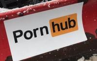 PornHub ช่วยกำจัดปัญหาหิมะ คืนความสุขแฟนๆ หนังโป๊ออนไลน์ผู้ประสบภัย