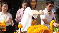 ปอย นำทีมบวงสรวงหนังใหม่ มั่งกู่ค๋วงฮัว พยัคฆ์สาว มังกรป่วน ภาพยนตร์ร่วมทุนสร้างไทย-จีน