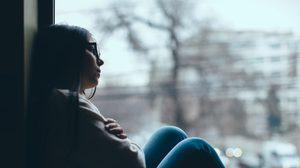 เช็กความเสี่ยง! 5 พฤติกรรมที่ทำให้คุณเข้าสู่โรคซึมเศร้าแบบไม่รู้ตัว