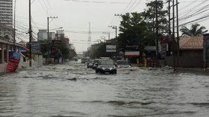 พัทยาน้ำท่วมขังหลายพื้นที่ หลังเกิดฝนตกถล่มหนัก!!
