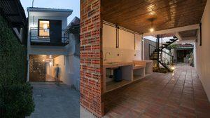ถึงจะเป็นแค่ทางผ่าน แต่ก็สร้างบ้านได้! ชมแปลนบ้าน ตึกแถว สองชั้น สุดทึ่ง!