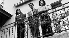 king_bhumibol_with_his_mother_and_his_elder_sister_at_villa_vadhana_2
