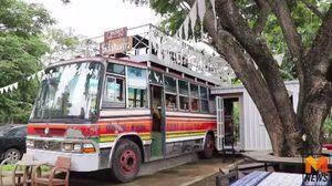 หนุ่มอินดี้ เปิดร้าน Bus Pizza พิซซ่าแนวใหม่ นั่งกินบนรถบัส