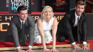 """3 ซุปตาร์จาก """"The Hunger Games"""" ประทับรอยมือหน้าไชนีส เธียเตอร์"""