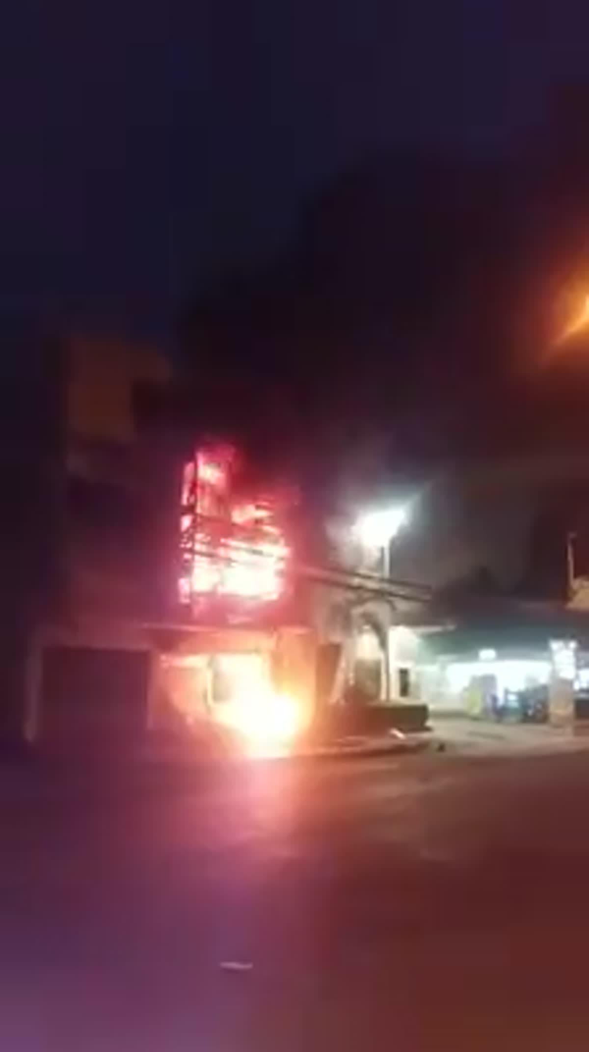 ไฟไหม้อาคารพาณิชย์ ภายใน ซ.นวมินทร์ 61