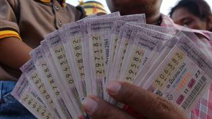 หนุ่มใหญ่ปทุมธานีถูกหวยเลขท้ายสองตัว132ใบ