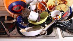 วิจัยเผย การล้างจาน ปัญหางานบ้าน แต่ทำชีวิตคู่ร้าวฉานมากที่สุด!!!