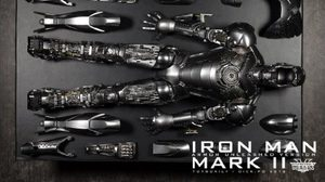 Hot toys Iron Man 2 – Mark II (Armor Unleashed Version)