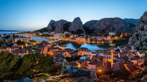 20 เมืองริมหน้าผา ชวนทึ่งและงดงามที่สุดในโลก