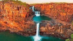 ลงอ่างจากุชชี่ธรรมชาติ ที่ น้ำตกมิทเชลล์ ประเทศออสเตรเลีย