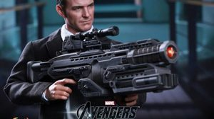 Hot toys ไม่มองข้ามผลิต เจ้าหน้าที่ Phil Coulson The Avengers