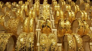นายกสมาคมค้าทองคำ ชี้ ราคาทองมีโอกาสทะลุ 1,400$ ต่อออนซ์