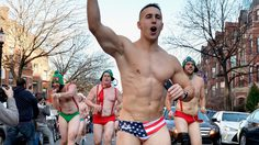 ซานต้า แก้ผ้าวิ่ง กิจกรรมการกุศลประจำปีของเมืองบอสตัน