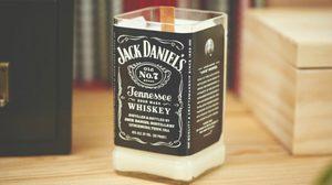 เทียนหอมกลิ่นวิสกี้ จาก Jack Daniel หอมละมุน มันต้องโดน!