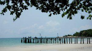 เกาะเสม็ด … สีสันแห่งทะเลตะวันออก