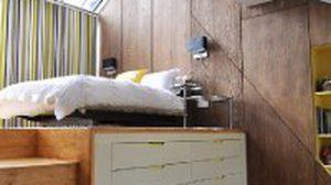 เตียงนอนลอยฟ้า เตียงนอน 2 ชั้น สำหรับบ้านที่มีพื้นที่น้อย
