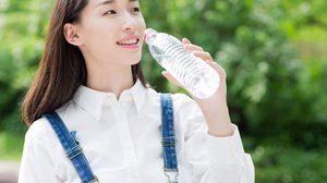 แค่แรงน้อย ไม่ได้อ่อยนะคะ! ญี่ปุ่นพบเหตุผล ทำไมผู้หญิงถึงเปิดขวดน้ำไม่ได้