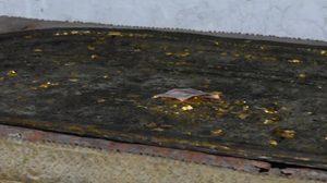 ฮือฮา! พบรอยพระพุทธบาท อายุกว่า 100 ปี ที่ วัดโพธิ์เอน