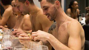 กินข้าวหรือแช่ออนเซ็นเนี่ย!! ภัตตาคาร O'naturel ให้ลูกค้าเปลือยร่างนั่งทานอาหาร