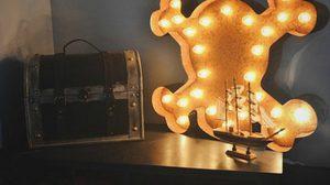 20 ตัวอย่างไอเดียแต่งบ้านด้วย Lighting ตัวอักษร
