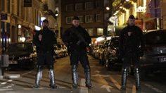 คนร้ายถือมีดไล่แทงผู้คนกลางกรุงปารีส เสียชีวิต 1 ราย