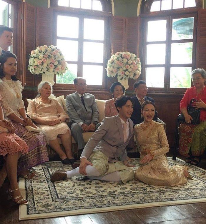 ต๊ะ - แอน เข้าพิธีแต่งงาน