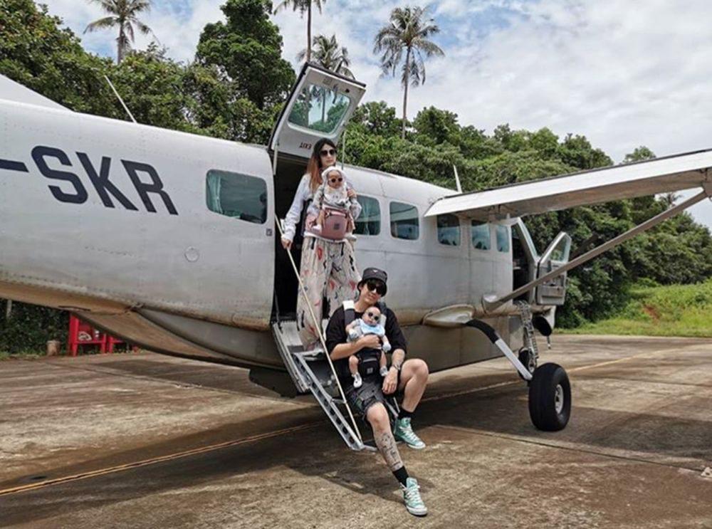 น้องมีก้า - น้องมีญ่า ขึ้นเครื่องบินครั้งแรกผ่านฉลุย