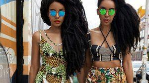 """ชีวิตเปลี่ยน!! สาวฝาแฝดถูกเพื่อนล้อว่า """"ผมฟู"""" แต่วันนี้เธอกลายเป็นคนดัง ก็เพราะ ทรงผม"""