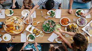 แบ่งกินอาหารวันละ 9 มื้อ ช่วยให้ร่างกายเผาผลาญได้เร็วขึ้น กว่า 3 มื้อหนักๆ