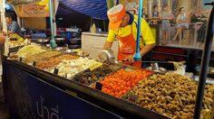 เทศกาลกินหอย ดูนก ตกหมึก จุดชมวิวชายหาดชะอำ จังหวัดเพชรบุรี