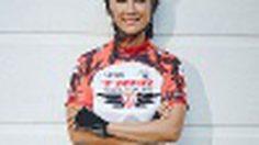 อรวรรณ โอทอง หญิงไทยคนแรก ผู้ปั่นจักรยานรอบโลก!!
