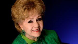 1 วันหลังจาก แคร์รี ฟิชเชอร์ จากไป แม่ของเธอ เด็บบี เรย์โนลด์ส เสียชีวิตลงในวัย 84 ปี