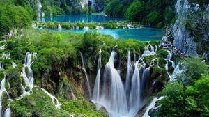 ทะเลสาบพลิตไวซ์ Plitvice Lakes แห่ง โครเอเชีย