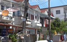 ชาวบ้านผวา ทาวเฮ้าส์ปทุมธานีทรุดนับ 10 หลัง