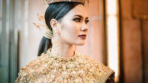 เจาะลึก กว่าจะออกมาเป็น ชุดประจำชาติไทย Jewel of Thailand ที่ถูกยกให้เป็น สมบัติของชาติชิ้นล่าสุด!