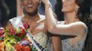Miss Angola Leila Lopes สาวผิวสีวัย 25 ปี กับ ตำแหน่ง มิสยูนิเวิร์ส 2011