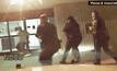 ตำรวจสหรัฐฯ ช็อตไฟฟ้าชายผิวสีจนเสียชีวิต