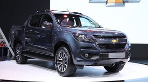 "Chevrolet เปิดตัว colorado high country  สีใหม่ Dark Shadow Metallic พร้อมชุดแต่ง""Phoenix Edition"" ที่งานมอเตอร์โชว์"