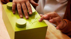 ส่งเสริมเด็กพิการทางสายตาให้เรียนรู้การอ่านด้วยอักษรเบรลล์แบบ LEGO