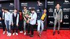 ส่องลุคหล่อ ๆ จาก แฟชั่นพรมแดง Billboard Music Awards 2018